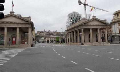 In città abolite le Ztl e parcheggi gratis