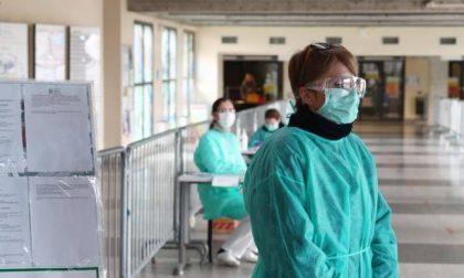 Gli infermieri: «Inammissibili i contagi per carenza di protezioni. Non lasciateci soli»