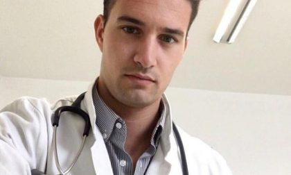 «Fino a 200 telefonate al giorno». Il giovane medico Davide Moioli racconta quelle settimane