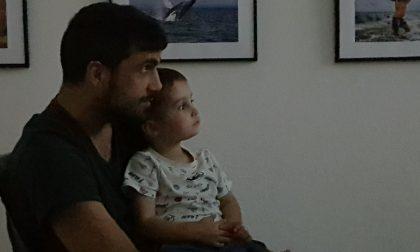 A Casnigo vogliono intitolare un campo da basket a Emiliano, il 36enne ucciso dal virus