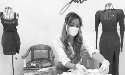 Alisa, fidanzata di Djimsiti, prepara mascherine (gratis) per i bisognosi