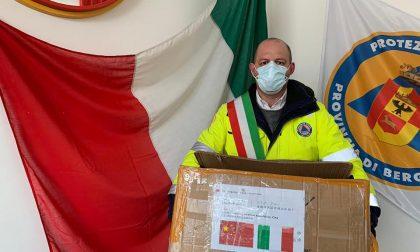 Quel dono tanto atteso dalla Cina: ventimila mascherine per la popolazione di Alzano