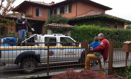 Blitz della protezione civile a Osio Sopra... per fare gli auguri al piccolo Ruben!