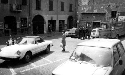 Addio a un pezzo di storia: Vertova piange Martino Bernini, storico tabaccaio di piazza San Marco