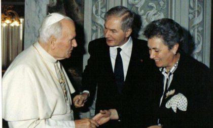 La talare reliquia di Papa Wojtyla è a Casnigo, il ricordo nel Centenario della nascita