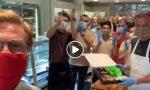 Dodicimila cannoli ai volontari dell'ospedale degli Alpini in Fiera: il regalo di Palermo