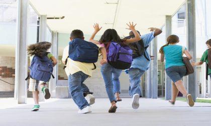 Ultimo giorno di scuola, saluto al parco per i ragazzi di quinta elementare e terza media