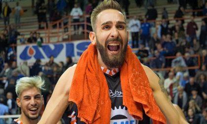 Lele Rossi, ex bandiera del Basket Treviglio: «Offensiva la proposta della Lega sui nostri stipendi»