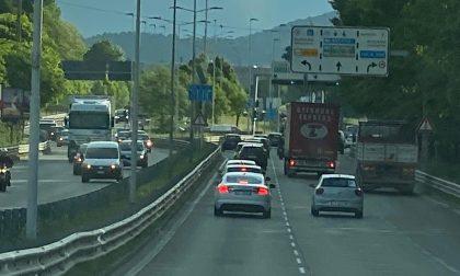 """Più auto in giro, ma situazione sotto controllo. Che """"traffico"""" di runner in città!"""