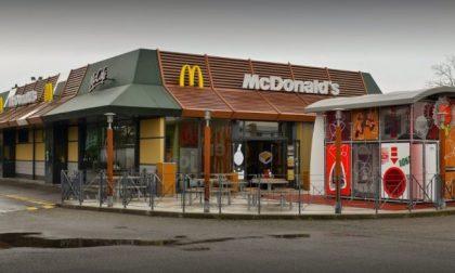 A Treviglio c'è stato l'assalto al McDonald's dopo la quarantena: 212 auto in quattro ore
