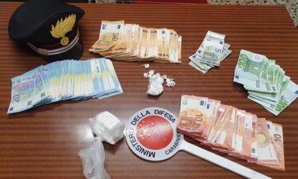 Spacciatore arrestato a Pradalunga. Sequestrati contanti per 12.675 euro