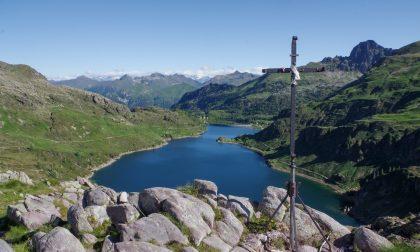 Coppia di escursionisti si perde ai Laghi Gemelli. Recuperati dal soccorso alpino