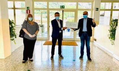 Il Comune di Sarnico dona 500 mascherine ai maturandi dell'Istituto Serafino Riva