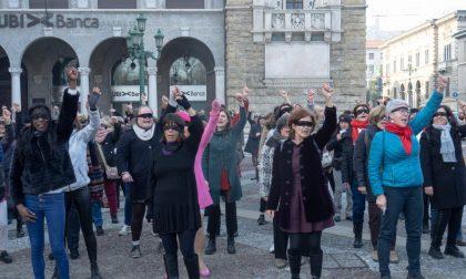 Il collettivo di donne bergamasche che si oppongono alla Frecce Tricolori in città