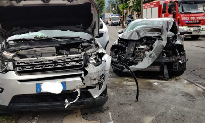Scontro tra auto a Gazzaniga, elisoccorso in azione e due feriti in gravi condizioni