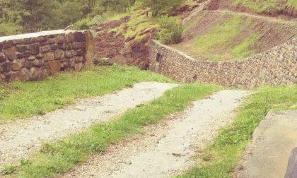 Troppa pioggia, smottamento a Capizzone: isolata una famiglia