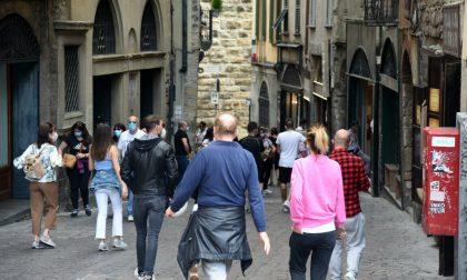 «Troppi assembramenti in Città Alta, chiediamo provvedimenti urgenti»