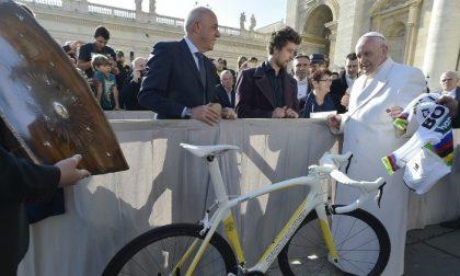 Gli sportivi aderiscono in massa all'asta promossa dal Papa per gli ospedali di Bergamo e Brescia