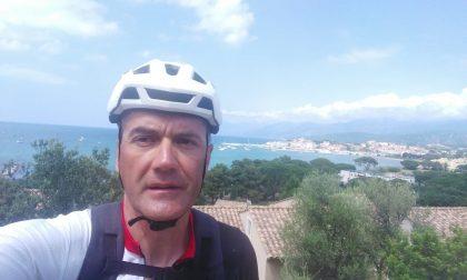Il pellegrinaggio in bici di Gianmaria Cerea per ricordare le vittime del Covid