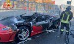 Ritira dal concessionario una Ferrari. Due ore dopo l'automobile va a fuoco