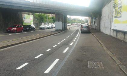 """In città sbarcano le """"corsie ciclabili"""" (dipinte sulla carreggiata)"""