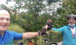Mille chilometri in bici, da Bergamo a Lipsia, per onorare i bergamaschi vittime del Covid