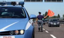 Donna colpita da infarto in autostrada, salvata dalla Polizia stradale