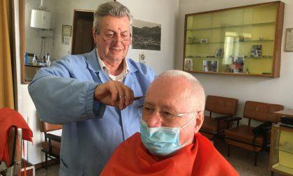 A Desenzano di Albino ha chiuso il barbiere Paris. La fine di un negozio ultrasecolare