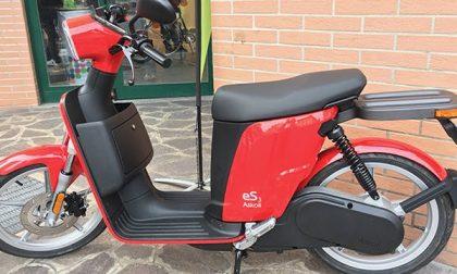 Scooter a noleggio per le consegne a domicilio dei commercianti bergamaschi