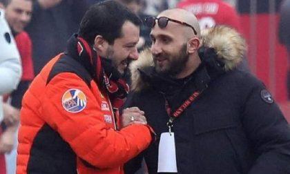 Sequestrata a Scanzo una villetta del capo ultrà del Milan (quello della foto con Salvini)