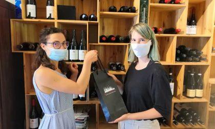 La Trattoria Taiocchi di Curno dice grazie ai medici regalando loro... bottiglie di vino