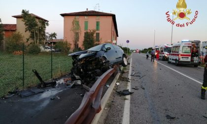 Violento frontale tra due auto a Morengo, ferite tre donne. Per fortuna non sono gravi