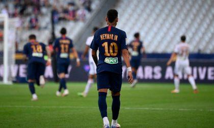 Il Paris Saint-Germain batte il Lione ai rigori (6-5) in Coppa di Lega, ma non impressiona.