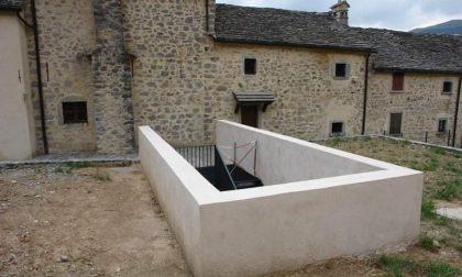 Ma cosa c'entra con il borgo di Arnosto quel vascone di cemento?