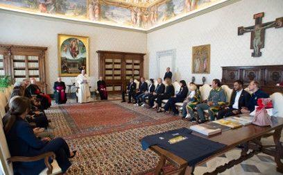 Il grazie di Papa Francesco in udienza col personale dell'ospedale Papa Giovanni XXIII