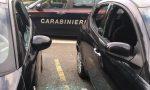 Spaccava i vetri delle auto in sosta per svaligiarle: denunciato un 30enne marocchino