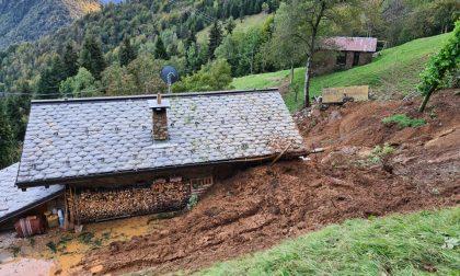 Frana a Cusio verso il Monte Avaro, residenti isolati anche a Santa Brigida e Averara