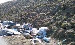 Tutti quei rifiuti abbandonati lungo la strada provinciale 91, da Grumello a Seriate