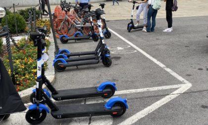 I bergamaschi scoprono bici e monopattini elettrici: il 38% si affida alla mobilità dolce