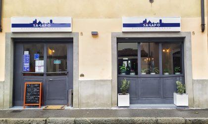 Un angolo di Grecia dedicato a Bergamo. Si mangiano spanakopita e meligianossalata