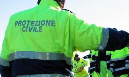 Assurdo: multati i volontari della Protezione civile impegnati nelle vaccinazioni anti-Covid