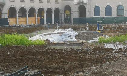 """Sorpresa, in Piazza Dante sbucano i """"resti"""" del vecchio Diurno: è pronto a rinascere"""