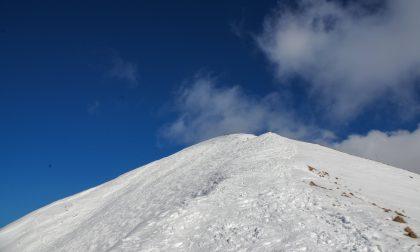 Alla scoperta del monte Timogno, che d'inverno con la neve trova nuova vita