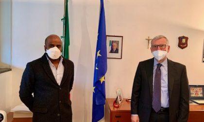 Il prefetto di Lecco ha detto grazie a Emanuele, l'infermiere di Mozzo vittima di razzismo