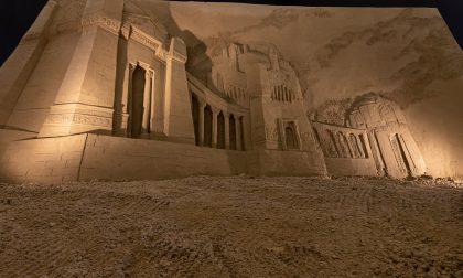 Il cimitero monumentale di Bergamo nel presepe di sabbia Lignano Sabbiadoro