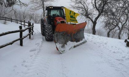 Anche i trattori degli agricoltori di Coldiretti Bergamo in campo per spazzare la neve