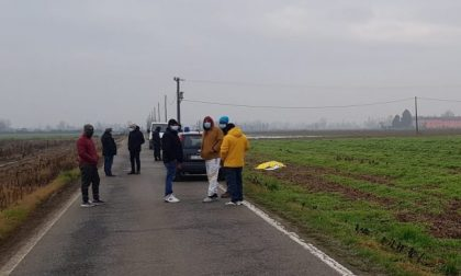 Bracciante di 38 anni travolto e ucciso a Fontanella mentre va al lavoro in bici