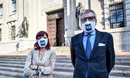 I familiari delle vittime Covid chiedono 100 milioni di risarcimento a Conte, Speranza e Fontana