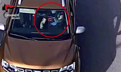 Sequestrarono e rapinarono un corriere Amazon a Casirate d'Adda: cinque arresti