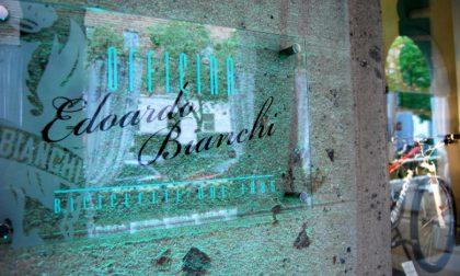 Bianchi chiude il negozio-officina sul Sentierone: resterà una vetrina